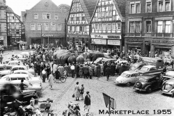 1955 Unna Marketplace